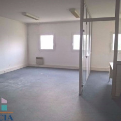 Location Local commercial Marseille 9ème 55 m²