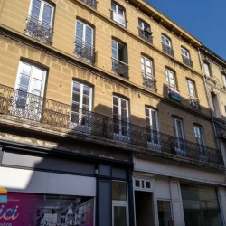 Location Local commercial Saint-Vallier 68 m²