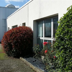 Location Local commercial La Chapelle-des-Fougeretz 1400 m²