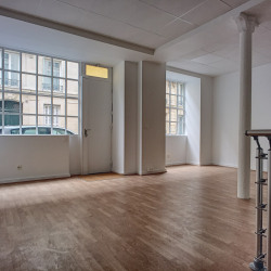 Location Local commercial Paris 8ème 65 m²