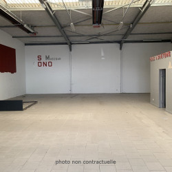 Location Local commercial Jaux 300 m²