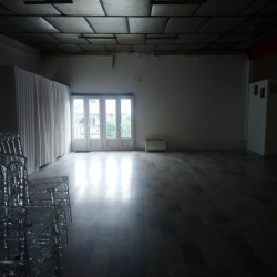 Location Local commercial Fresnes 500 m²