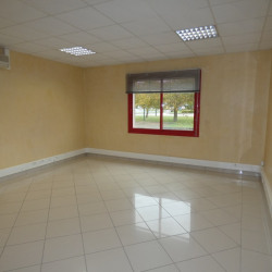 Location Local commercial Brasles 24,71 m²