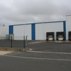 Location Entrepôt Niort 2580 m²