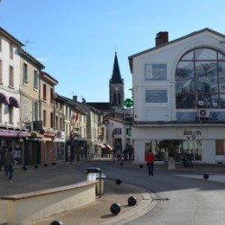 Cession de bail Local commercial Ambérieu-en-Bugey 103 m²