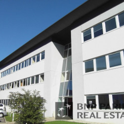 Location Bureau Montbonnot-Saint-Martin 81 m²