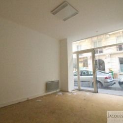 Location Local commercial Paris 14ème 30 m²