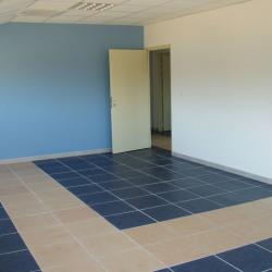 Location Bureau Six-Fours-les-Plages 91,65 m²