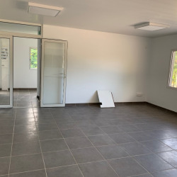 Location Local commercial Remire-Montjoly 198 m²