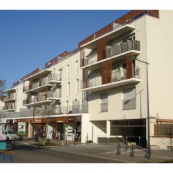 Location Local commercial Chartres 95 m²