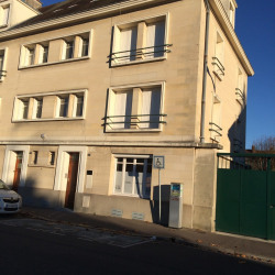 Location Bureau Beauvais 106 m²