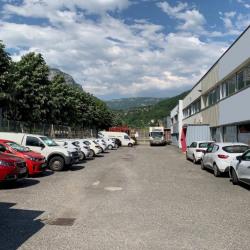 Vente Local d'activités Barby 3300 m²