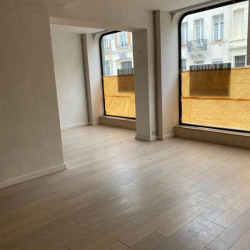 Location Local commercial Amiens 51 m²