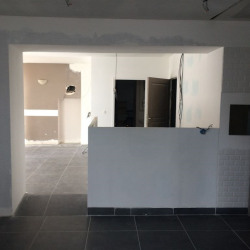 Location Local commercial Nantes 74 m²