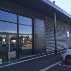 Location Local commercial Saint-André-de-Corcy 101 m²