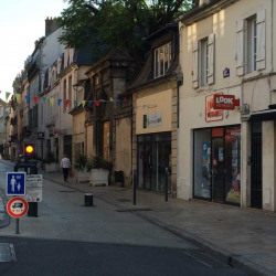 Location Local commercial Dijon 125 m²