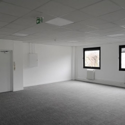 Location Local d'activités Cergy 842 m²