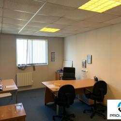 Location Bureau Le Petit-Quevilly 85 m²
