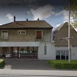 Location Local commercial Joué-lès-Tours 241 m²