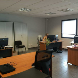 Vente Local d'activités Saint-Priest 636 m²