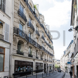 Vente Local commercial Paris 9ème 164 m²