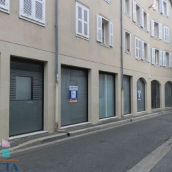 Location Local commercial Chartres 140 m²