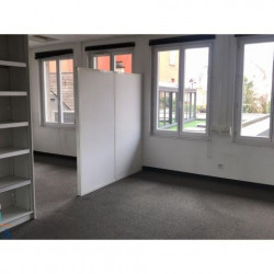Location Local commercial Chartres 179 m²