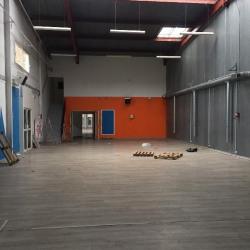 Location Local d'activités Les Clayes-sous-Bois 2519 m²