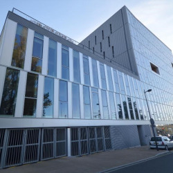 Location Local commercial Angers 105 m²