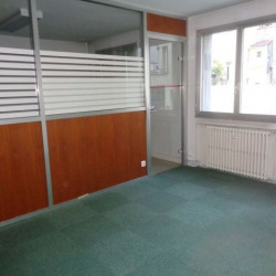 Location Local commercial Saint-Étienne 0 m²