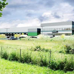 Location Entrepôt Mer 39651 m²