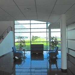 Location Bureau Raillencourt-Sainte-Olle 846 m²