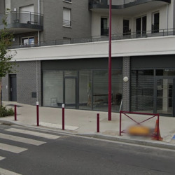 Location Local commercial Bezons 53 m²