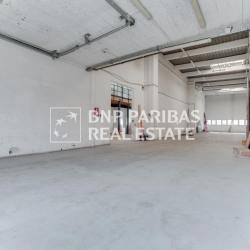 Location Local d'activités Paris 18ème 194 m²