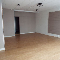 Location Local commercial Rochefort 45 m²
