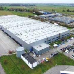 Location Entrepôt Bourg-Achard 8289 m²