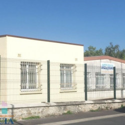 Location Local commercial Jouy-le-Moutier 105 m²
