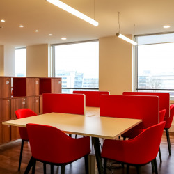Location Bureau Montigny-le-Bretonneux 30 m²