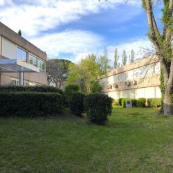 Location Bureau Vitrolles 738 m²