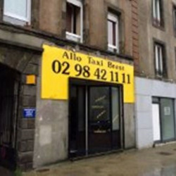 Location Local commercial Brest 44 m²