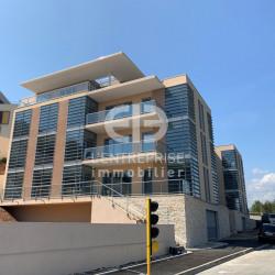 Location Bureau Biot 226 m²