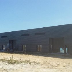 Location Local d'activités Magny-en-Vexin 1300 m²