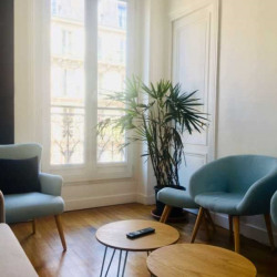 Location Bureau Paris 1er 63 m²