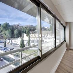 Location Bureau Cagnes-sur-Mer 559 m²