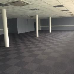 Location Bureau Semoy 247 m²