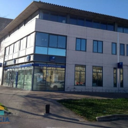 Location Local commercial Avignon 98 m²