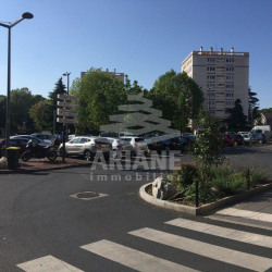 Vente Local commercial Oullins 20,85 m²