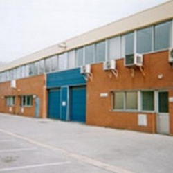 Location Local d'activités Lisses 226 m²