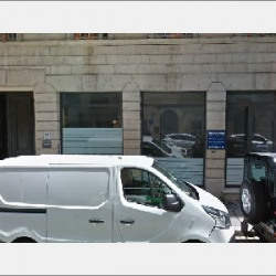 Location Local commercial Lyon 6ème 66 m²