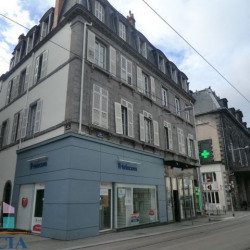 Location Local commercial Clermont-Ferrand 77 m²